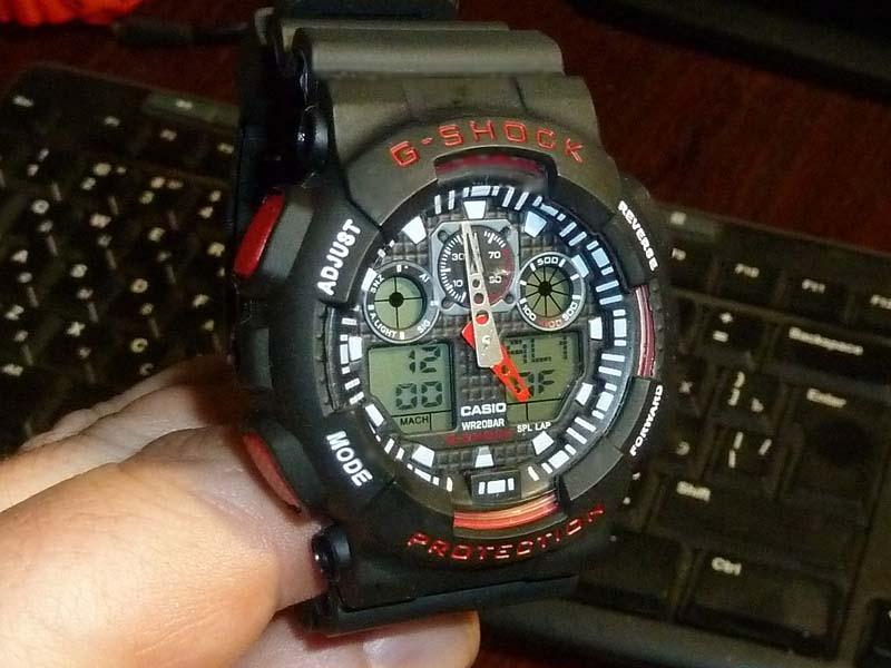 часы  100 черные с красным шрифтом - 1