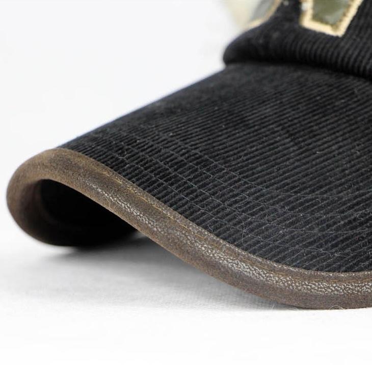 Кепка с ушками иск.мех черного цвета - 6