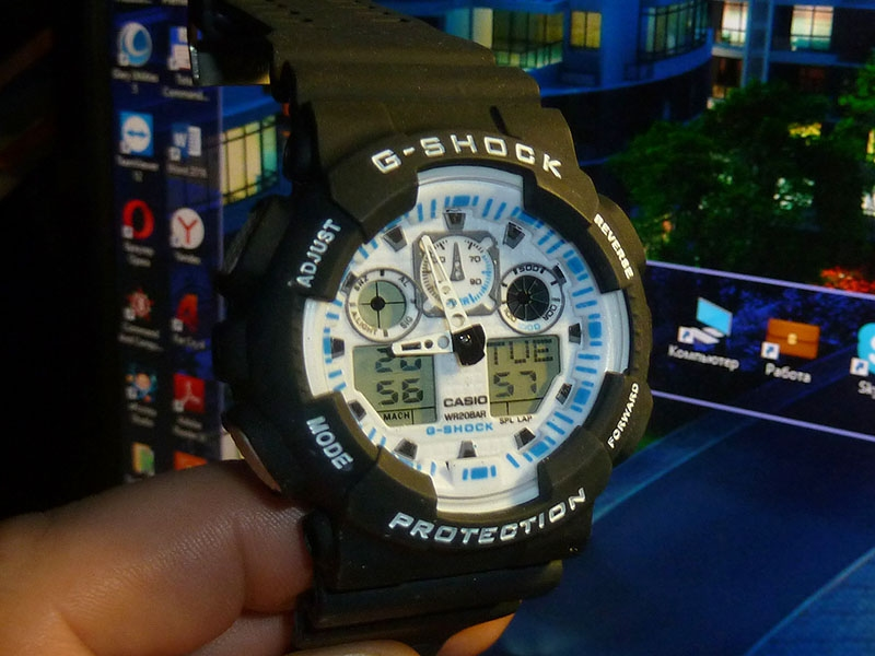 часы 100 чёрные с белым циферблатом - 1
