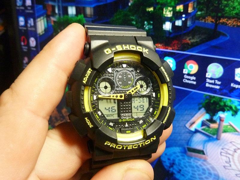 часы 100 черные с жёлтым шрифтом - 1