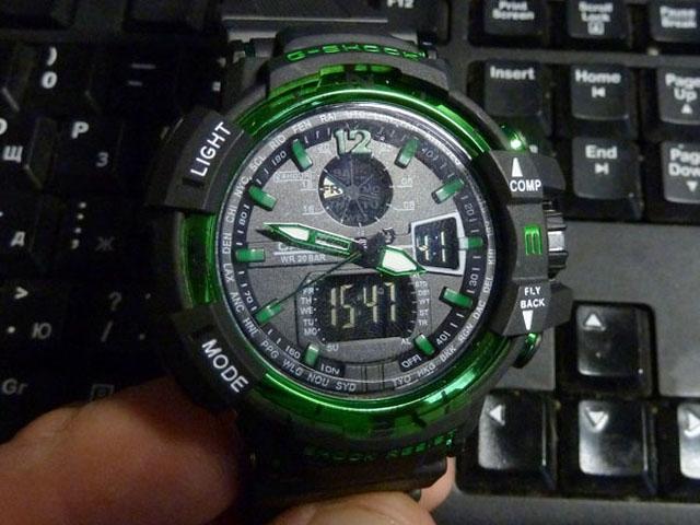 часы 1100 черные с зеленым металликом - 1